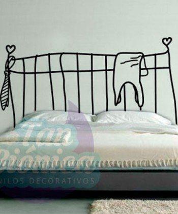 Respaldo de cama, dibujo, ilustración, caricatura para el dormitorio, pieza. Sticker. Empavonados y fotomurales.