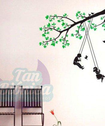 Niños columpiándose, planta, rama, árbol, Vinilo adhesivo decorativo para las paredes de tu habitación, pieza, living, comedor, baño, infantil