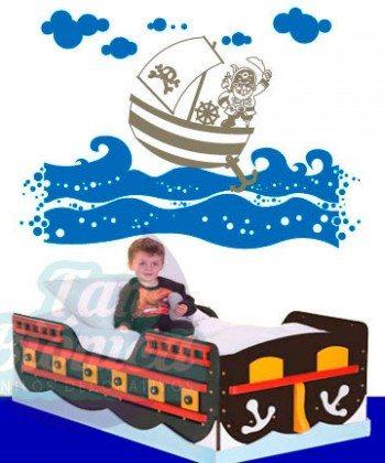 Barco pirata en el mar, vinilo adhesivo decorativo, sticker para las paredes.