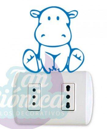 Interruptores y enchufes decorados con vinilos adhesivos decorativos, empavonados y fotomurales, hipopótamo bebé
