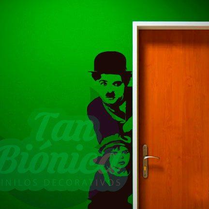 Vinilo Adhesivo Decorativo de Cine y TV Chaplin con niño, para paredes, muebles. Decoración.